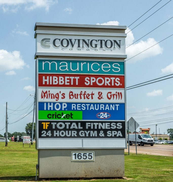 Covington-Commons-Signage-683x1024